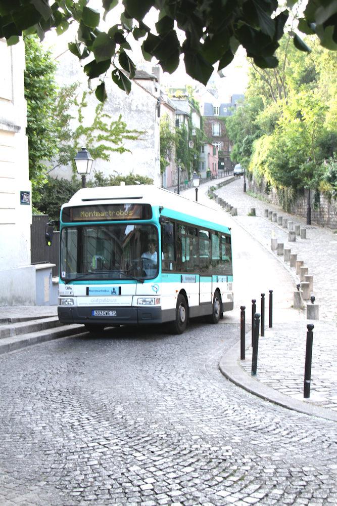 BUS_001 * Montmartrobus