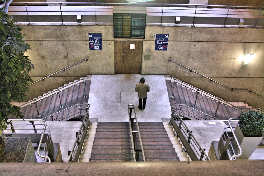 Q_LIBRE_031 * escalier (2)