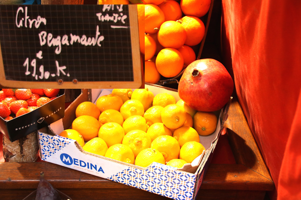 FRUITSLEGUMES_005 * Grenade sur manif de citrons jaunes