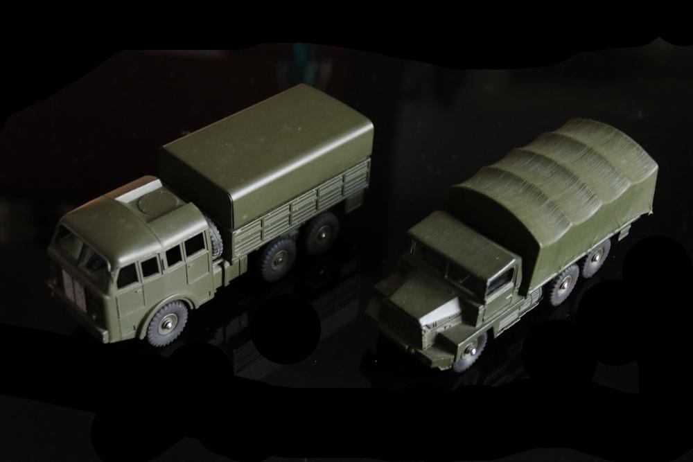 CAMIONS_005 * Berliet version militaire